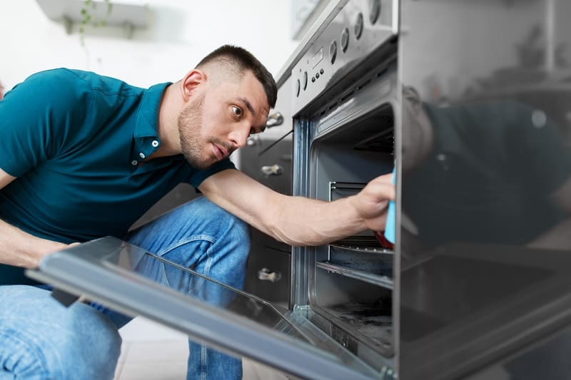 Cleaning inside oven