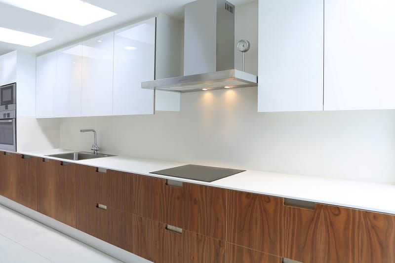 Kitchen with induction hob above drawer