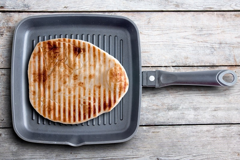 Naan in griddle pan