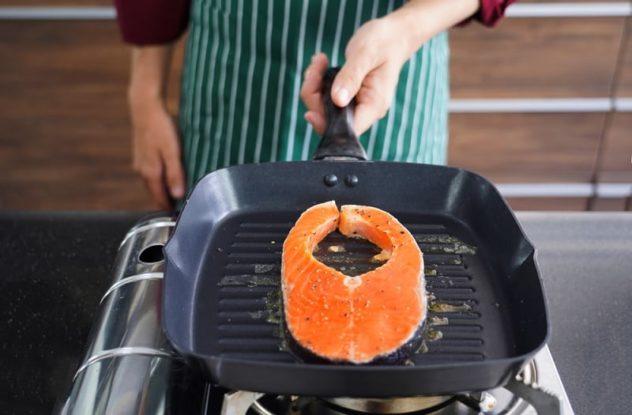 Salmon steak in griddle pan