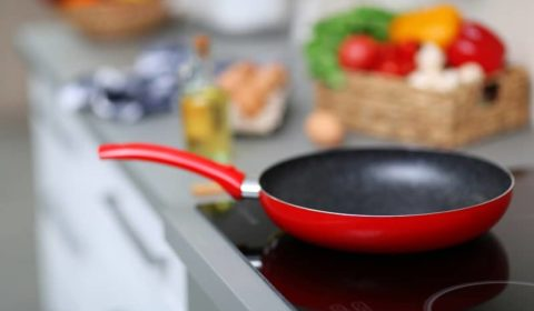 What's the Safest & Healthiest Non-Stick Pan?