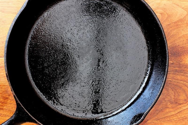 Seasoned cast iron skillet