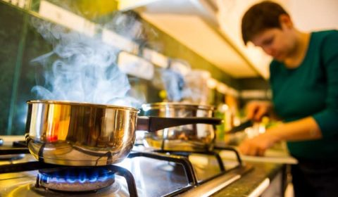 Why Are Saucepan Handles Often Made of Wood or Plastic?