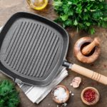 Skillet vs. Griddle – What's the Difference?