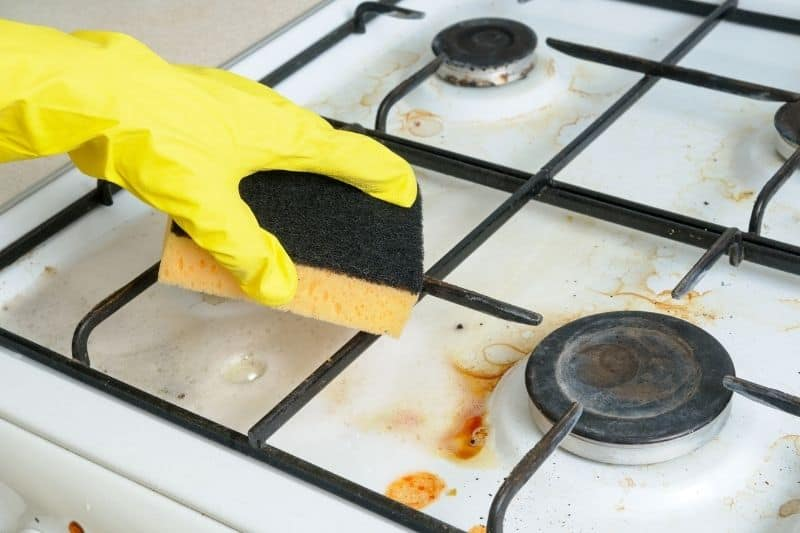 Cleaning a Gas Burner
